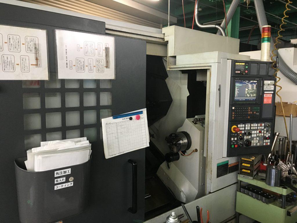 CNC5軸複合旋盤 ヤマザキマザック製