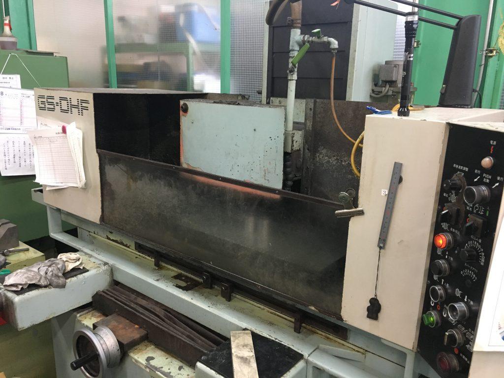 平面研磨加工機